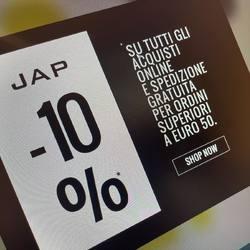 Visita il nostro sito www.japabbigliamento.it  • Reso sicuro  • Spedizione gratuita  • -10% su acquisti online